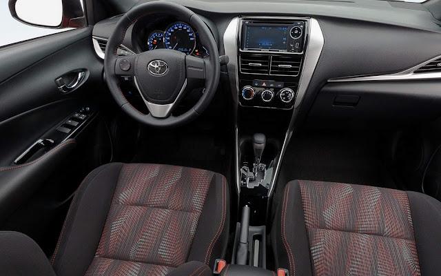 Toyota Yaris PcD - preço