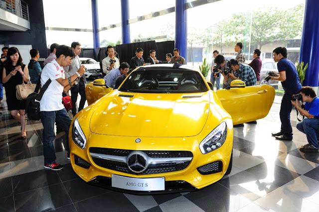 Xe Mercedes AMG GT S 01