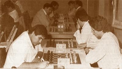 Partida de ajedrez Tebar (La Lira) - García Cano (Granollers)