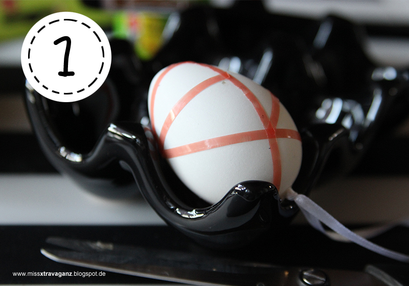 diy eggs travaganz tape eier in schwarz wei miss von xtravaganz beauty lifestyle. Black Bedroom Furniture Sets. Home Design Ideas