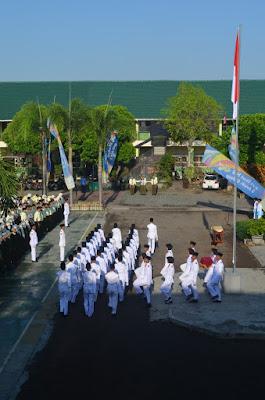 Penuh Haru, Upacara Kemerdekaan RI Di SMA Negeri 4 Jember