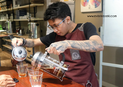 Basic Manual Brewing Class 5758 Coffee Lab, Saat Kopi Bicara Lewat Rasa dan Aroma