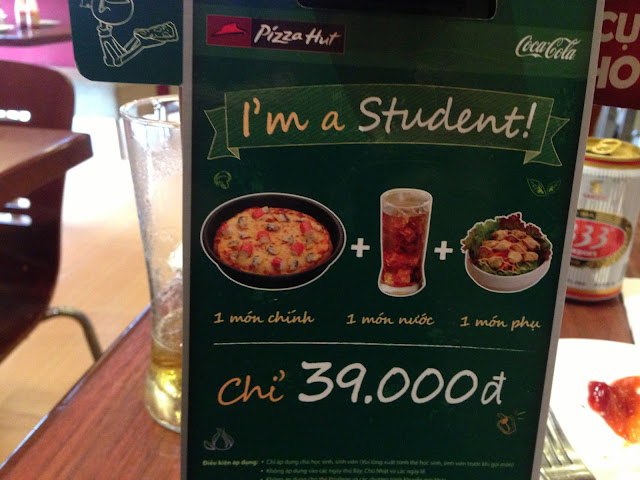 pizza-hut-ad-forstudents