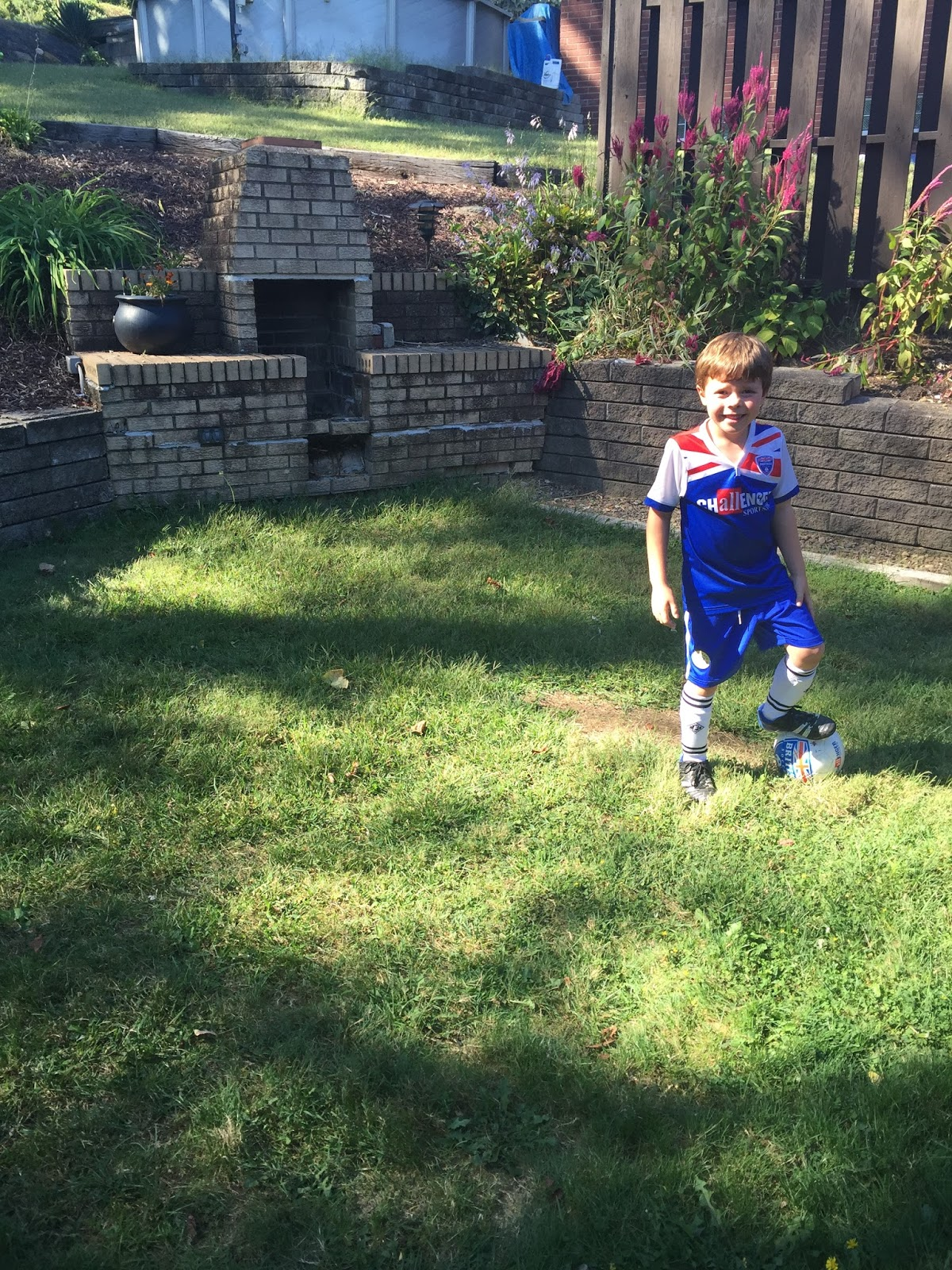 pgh momtourage giveaway for british soccer camp pittsburgh region
