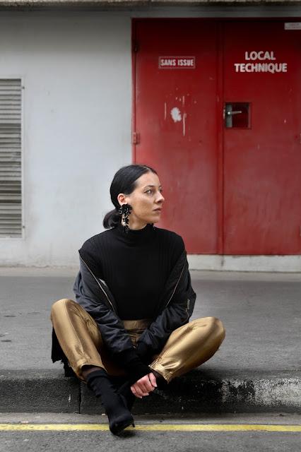 Pantalon doré , tenue ,idée pour les fêtes