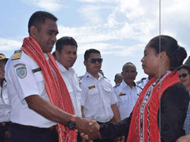 Pemkab Maluku Barat Daya (MBD) Sambut Kedatangan KM Pulau Sabu di Moa