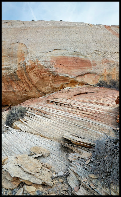 Cool Streaks in the Sandstone North of White Pocket