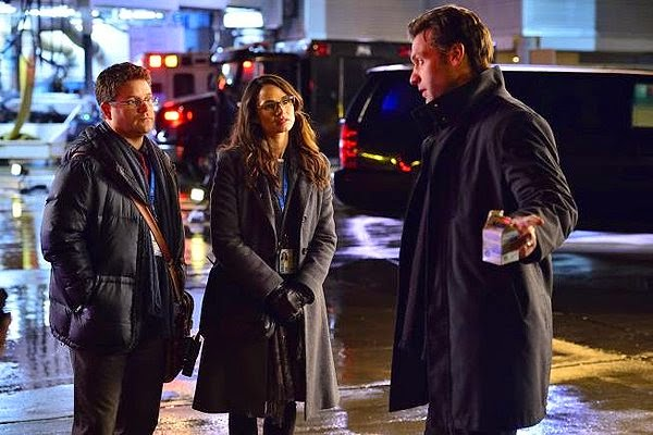 Corey Stoll, Sean Astin and Mía Maestro as Dr. Ephraim Goodweather, Jim Kent and Dr. Nora Martinez in The Strain Season 1 Episode 1 Night Zero