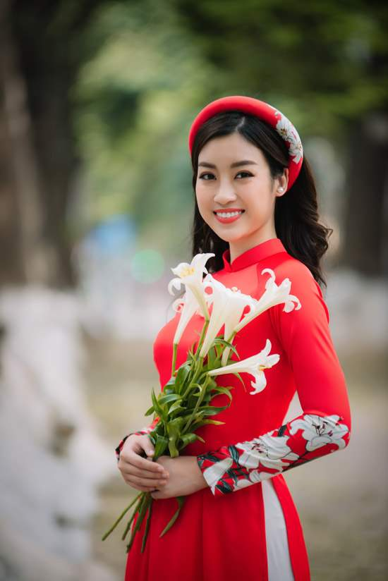 Đỗ Mỹ Linh làm nàng thơ của Ngọc Hân trong bộ sưu tập áo dài - Ảnh 6
