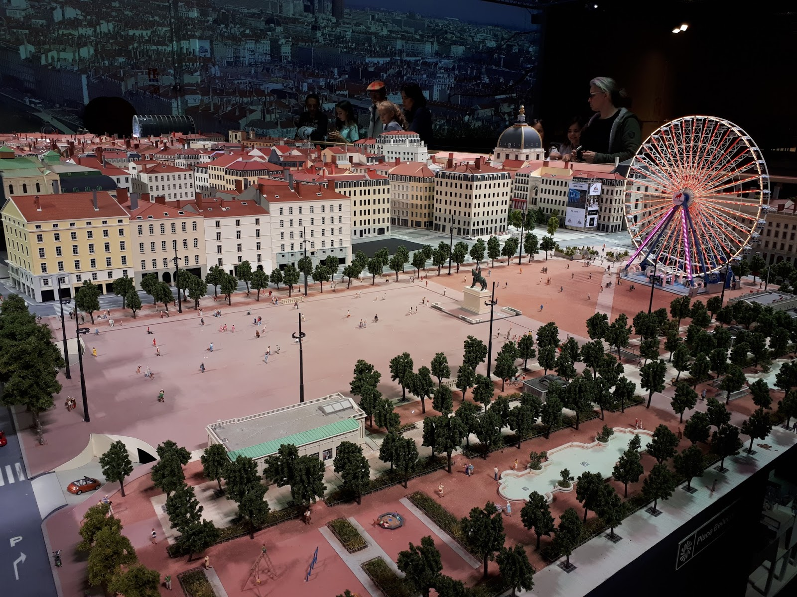 Place Bellecour mini world