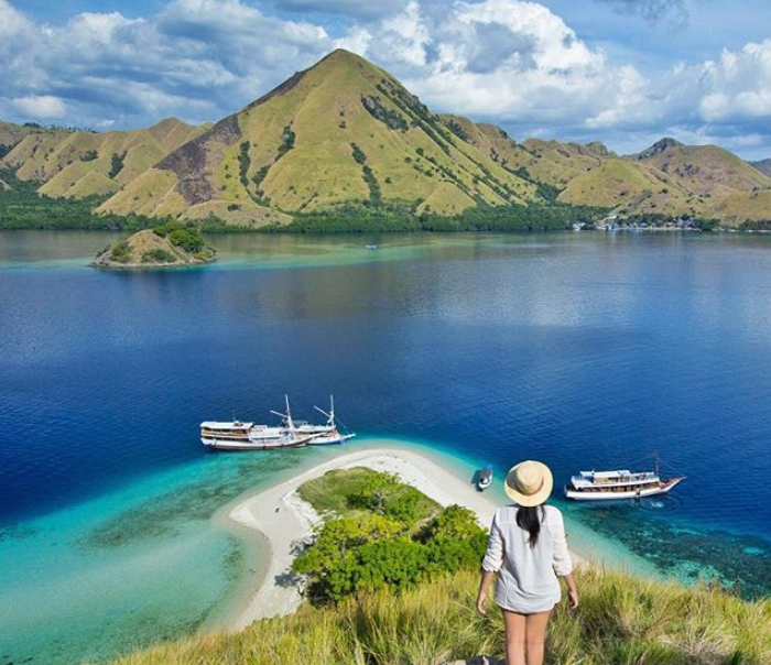 paket wisata Pulau Kelor Labuan Bajo