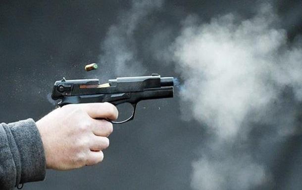 Бійка зі стріляниною: у Києві напали на чиновників