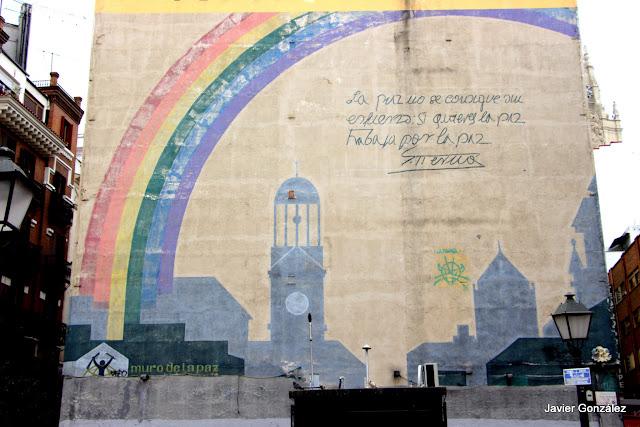 Mural de la Paz. Plaza del Carmen