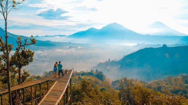 Pesona Keindahan Sunrise Berlatar 3 Gunung di Culali, Objek Wisata Baru di Kintamani.