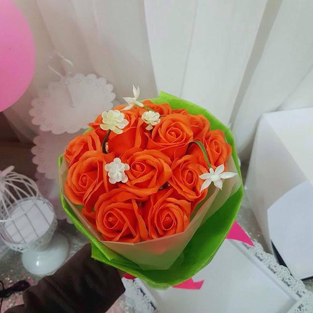 Hoa hong sap thom vinh cuu o Hang Giay