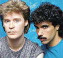 Hall & Oates - So Close