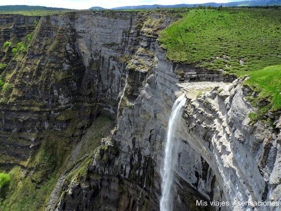 Cascada Salto del Nervión, Bizkaia, País Vasco
