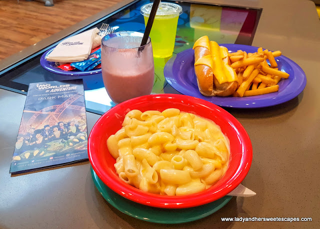lunch at IMG Worlds of Adventure