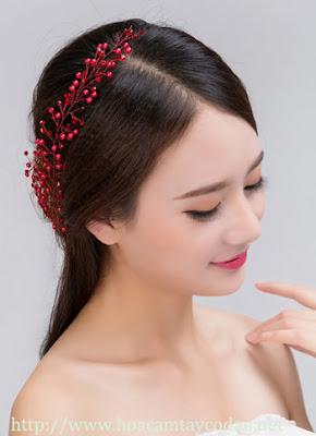 4 mẫu cài tóc cô dâu cho tóc búi đẹp sang trọng và kiêu kì