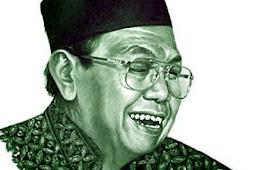 Biografi Singkat KH Abdurrahman Wahid (Gus Dur) - Ulama Pemersatu Bangsa