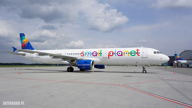 SP-HAZ - Small Planet - Airbus A321
