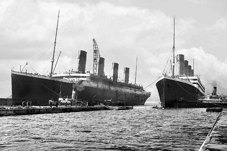 Gemi'nin yönetim ekibi yangın konusunu ve Titanik'in denize açılmaması gerektiğinin farkındaydı.