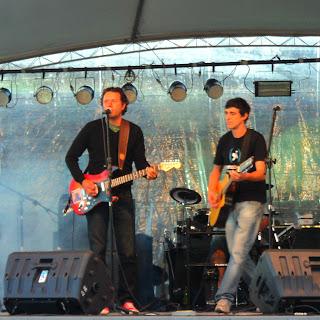 Duca Leindecker e Menino Everaldo em Show, na Praça João Correa, em Canela