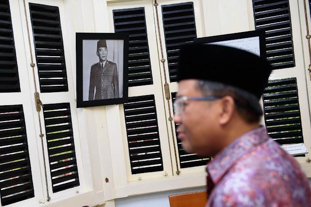Kisah Ajaib Presiden PKS dan Anak-Anaknya Ketika Urus e-KTP