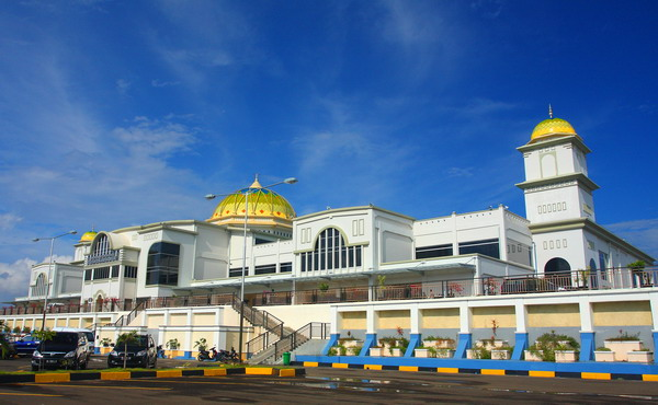 Tarif Airport Tax Bandara SIM Naik Rp10.000