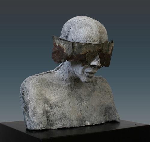 "Kieta Nuij - ""Here not there 4"" | imagenes de obras de arte contemporaneo tristes, esculturas bellas chidas | figurative art, sculptures | kunst"