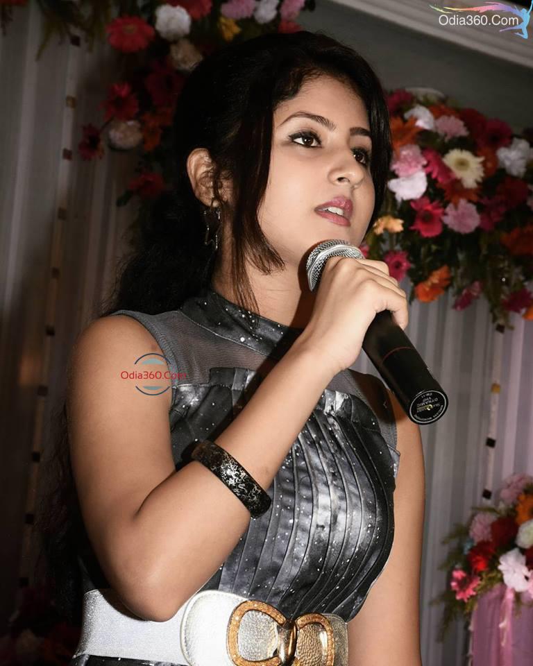 Shivani Sangita Odia Actress Real Life Photos,Images