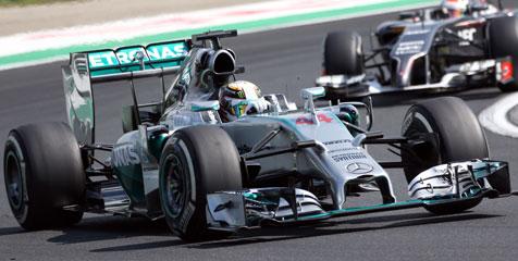 Tak Patuhi Nasihat Tim, Hamilton Menangi F1 GP Italia