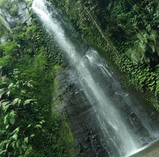 air terjun watu lapis wisata lumajang