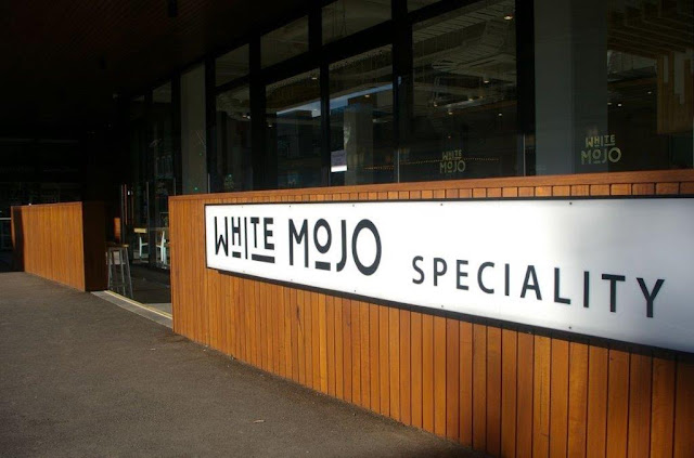 White Mojo, Balwyn