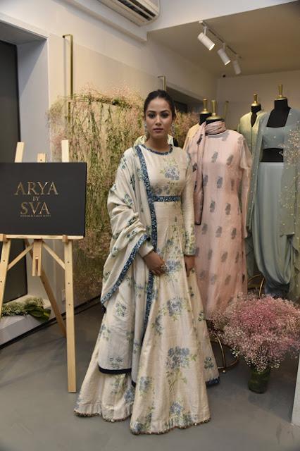 Mira-rajput-sva-store-launch