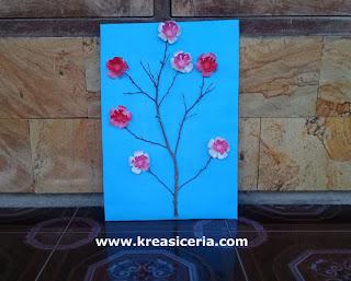 Ide Kreatif Membuat Hiasan Dinding Bunga Sakura dari Kertas