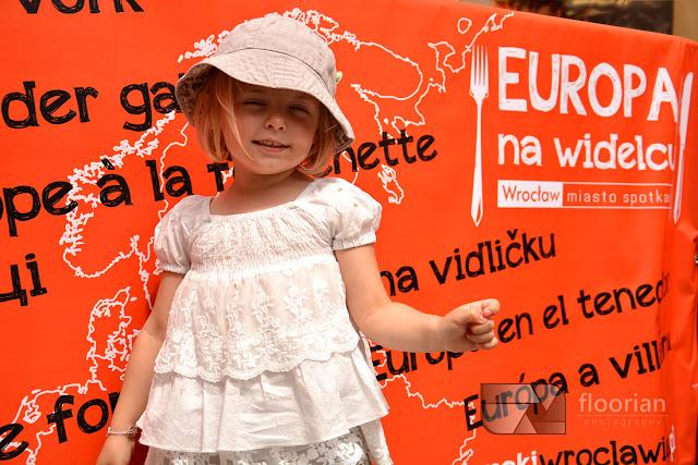 Europa na widelcu we Wrocławiu. Festiwal kilinarny na wrocławkim rynku. Prowadzi Robert Makłowicz