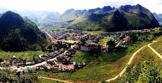 Explore Ha Giang Stone Plateau By Motorbike 6