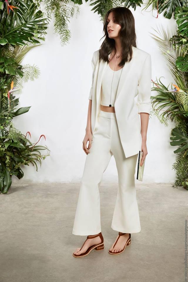Moda primavera verano 2017 moda trajes verano 2017.