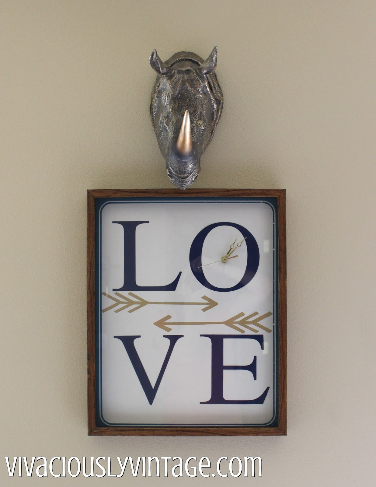 DIY Boho Arrow LOVE Clock