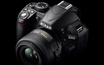 Nikon D3100 merupakan salah satu jenis kamera DSLR untuk pemula, namun dilengkapi dengan fitur canggih yang bisa kalian gunakan dalam mengambil gambar
