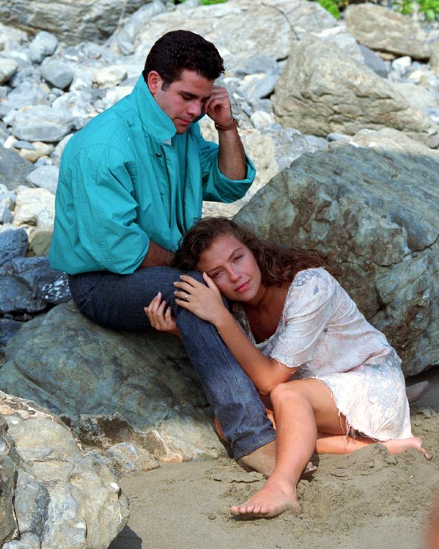 http://2.bp.blogspot.com/-rqKiFrn0O70/TjA-z8mK4aI/AAAAAAAADdc/mV-H3phhpK0/s1600/marimar25.jpg