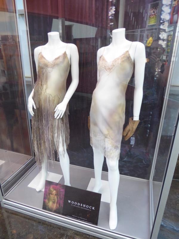 Kirsten Dunst Woodshock costumes