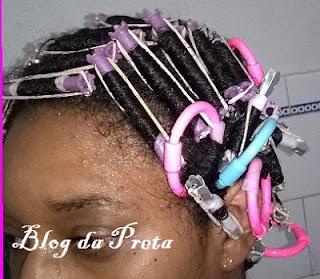 Como tratar os cabelos com permanente afro