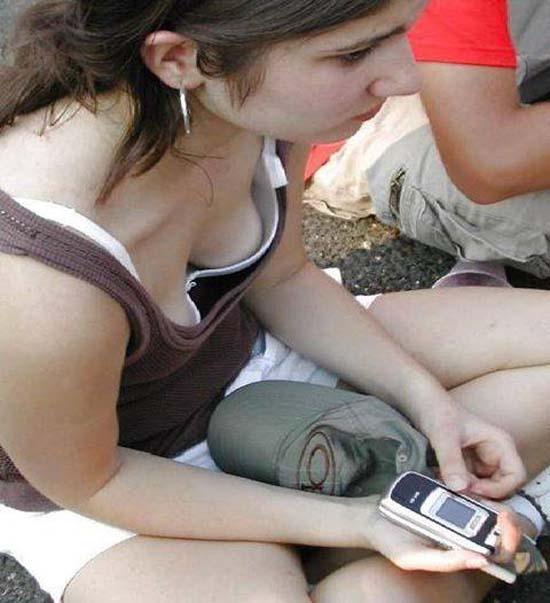 naked teen holiday teens flash tits pics