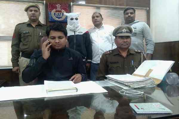 cia-sector-30-vimal-kumar-team-arrested-balraj-bhati-gang-member-deepak