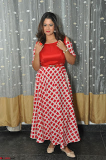 Shilpa Chakravarthy looks super cute in Red Frock style Dress 021.JPG