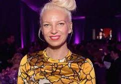 Sia lança clipe de Cheap Thrills