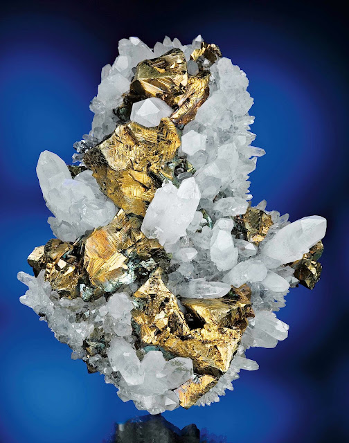 Chalcopyrite and Quartz photograph