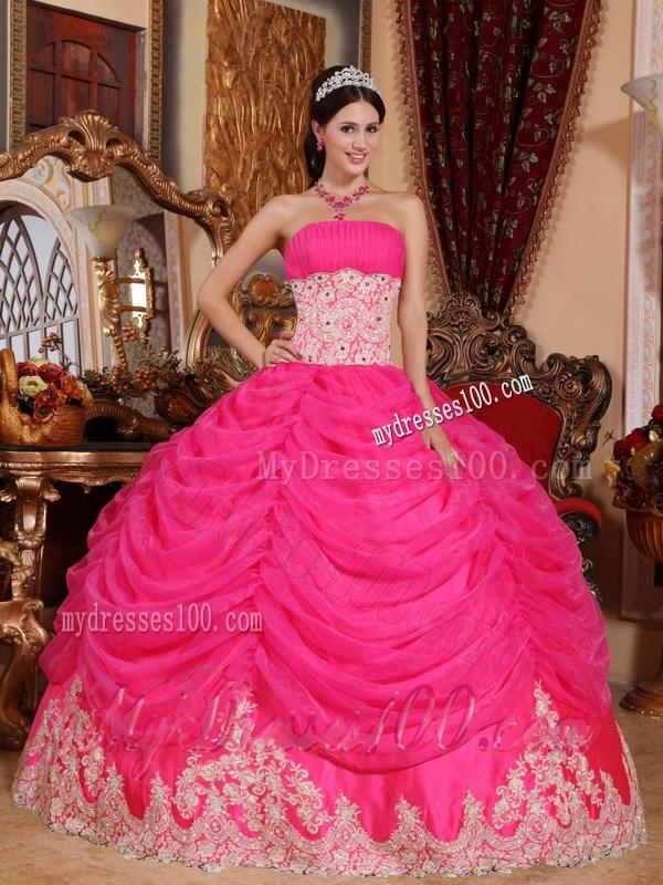 20 Gaun Pengantin Warna Pink agar Cantik dan Menawan
